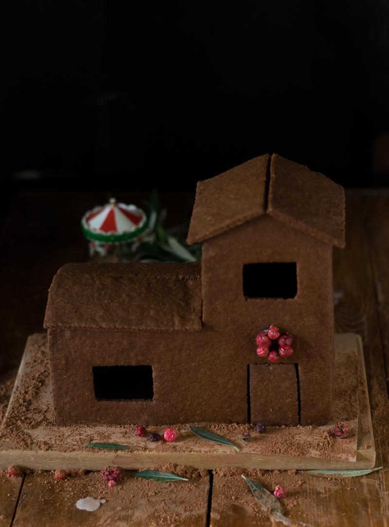 Χριστουγεννιάτικο Χαρουπόσπιτο